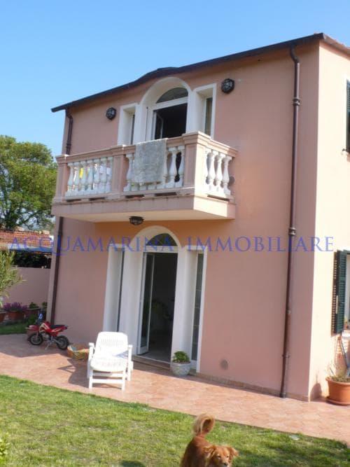 Imperia Villa For Sale <br />2/6
