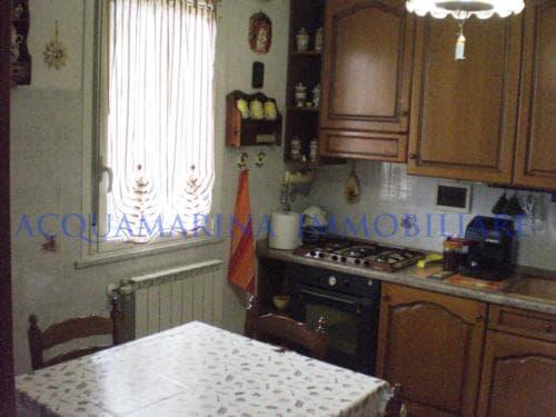 Camporosso Appartamento In Vendita<br />4/8