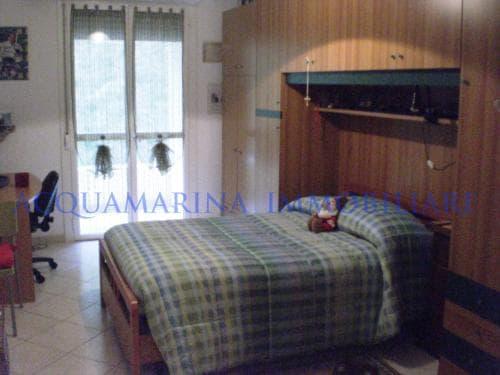 Camporosso Appartamento In Vendita<br />6/8