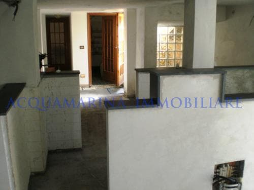 Cipressa Apartment For Sale<br />4/7