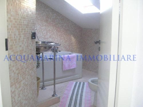 Imperia ,Penthouse in front of the sea<br />5/7