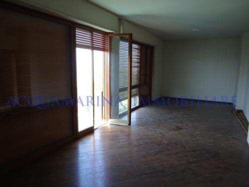Sanremo Apartment For Sale<br />3/12