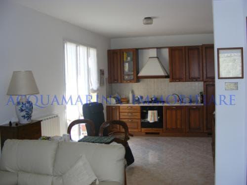 Appartamento in vendita a Vallebona<br />2/6
