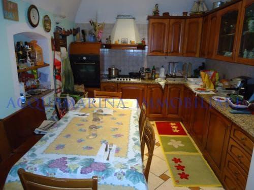 Bordighera Apartment For Sale<br />6/9