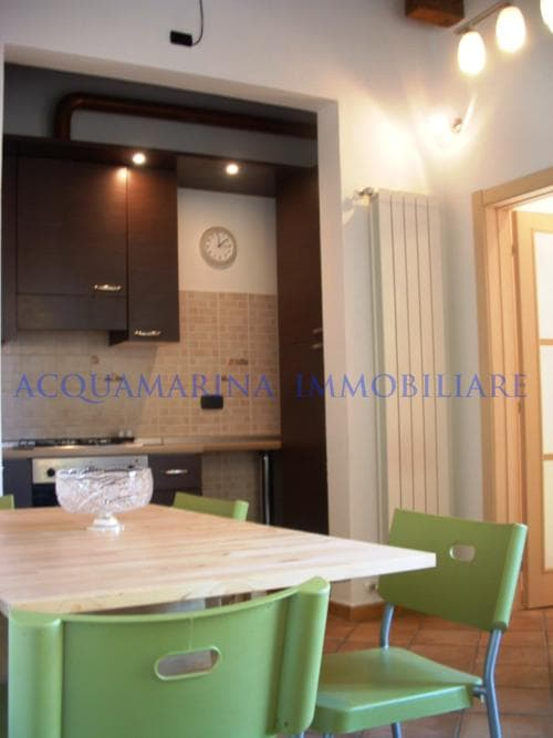Florence Apartment For Sale<br />2/4