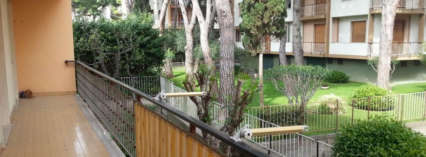 http://www.acquamarinaimmobiliare.com/immagini_immobili/th_slide/10192.jpg