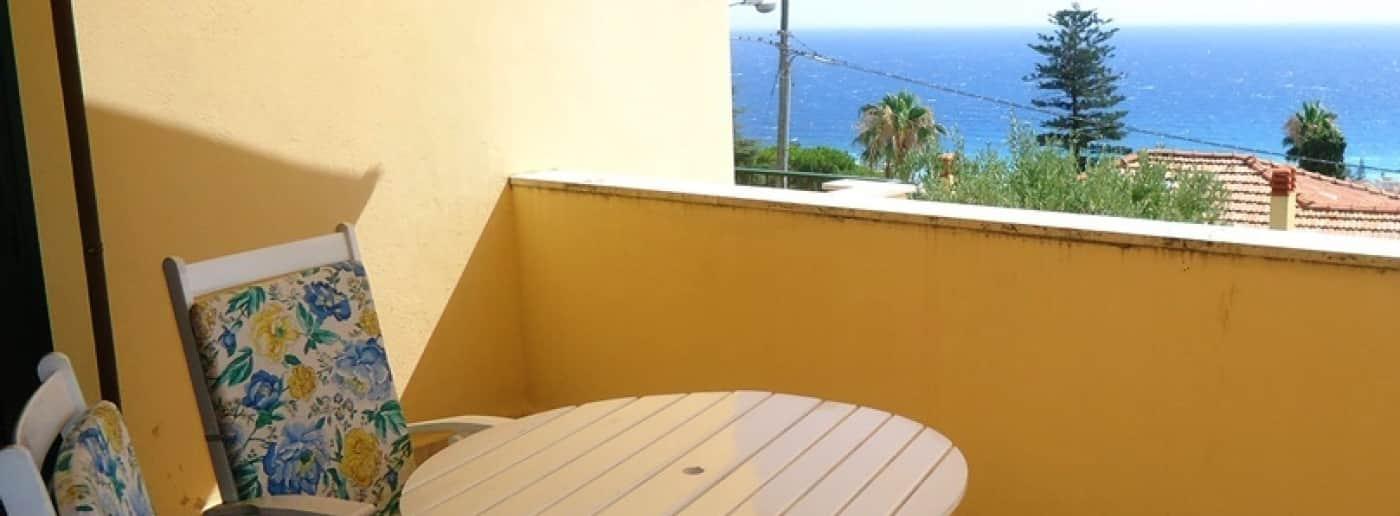 http://www.acquamarinaimmobiliare.com/immagini_immobili/th_slide/11174.jpg