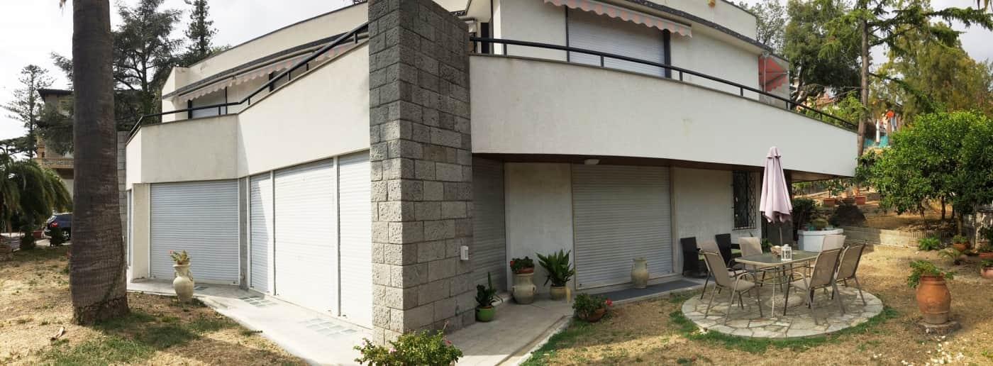 http://www.acquamarinaimmobiliare.com/immagini_immobili/th_slide/11202.jpg