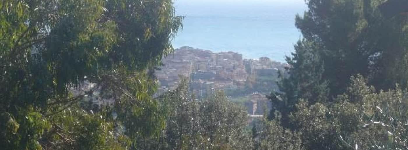 http://www.acquamarinaimmobiliare.com/immagini_immobili/th_slide/11204.jpg