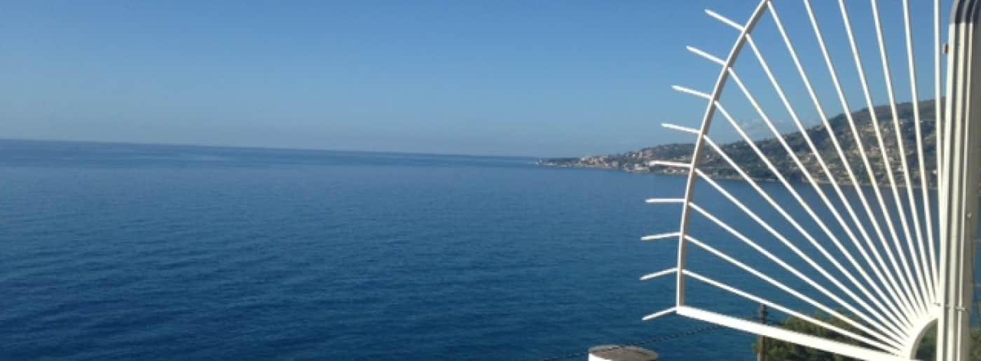 http://www.acquamarinaimmobiliare.com/immagini_immobili/th_slide/11207.jpg
