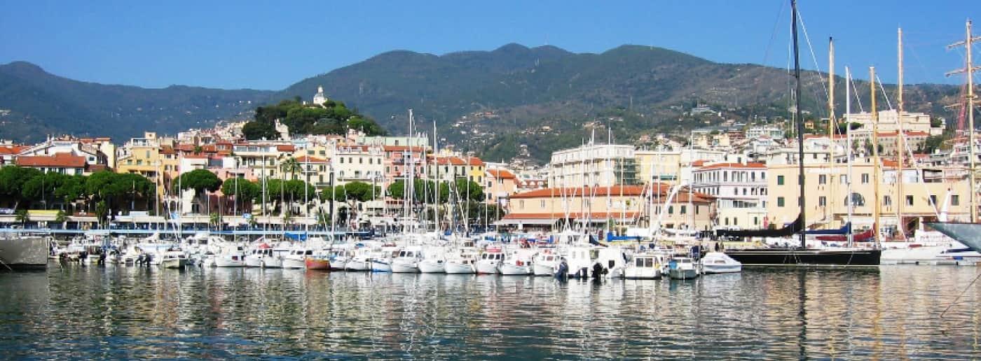 http://www.acquamarinaimmobiliare.com/immagini_immobili/th_slide/11251.jpg
