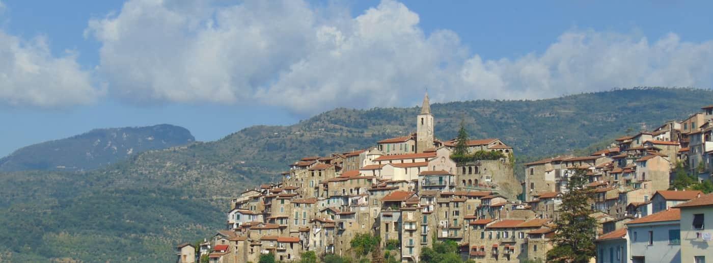 http://www.acquamarinaimmobiliare.com/immagini_immobili/th_slide/11460.jpg