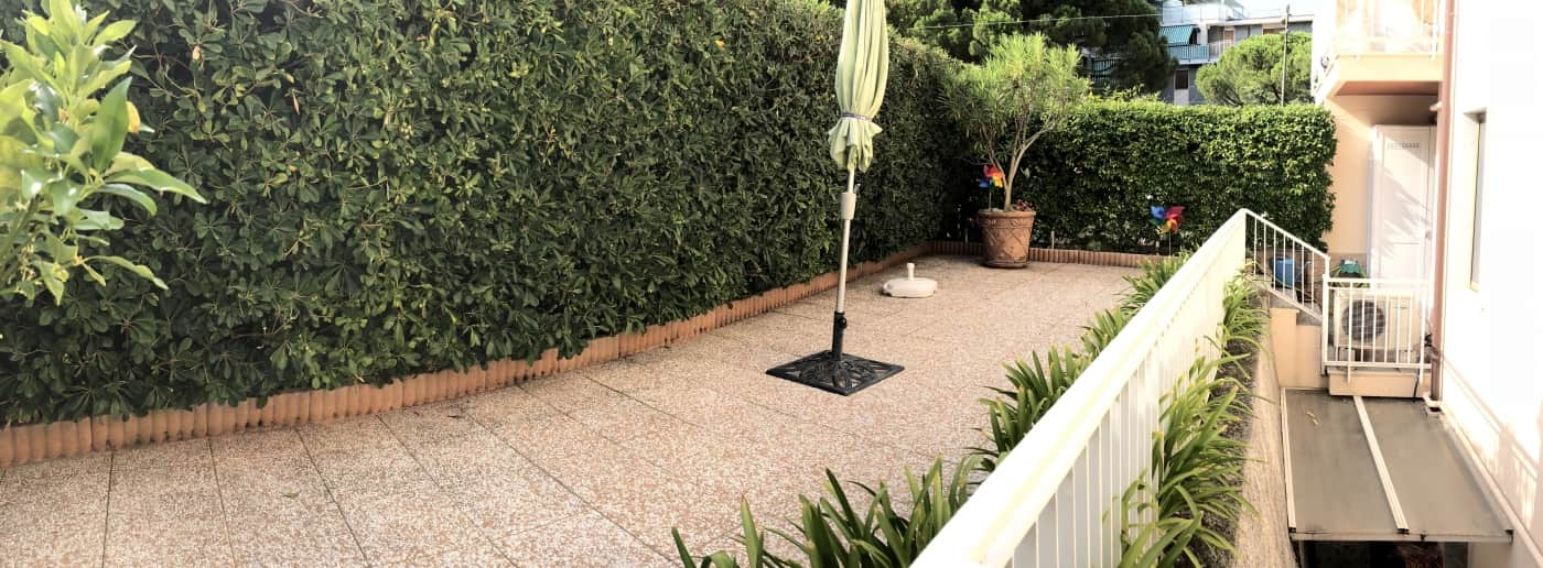 sanremo appartamento con giardino in vendita