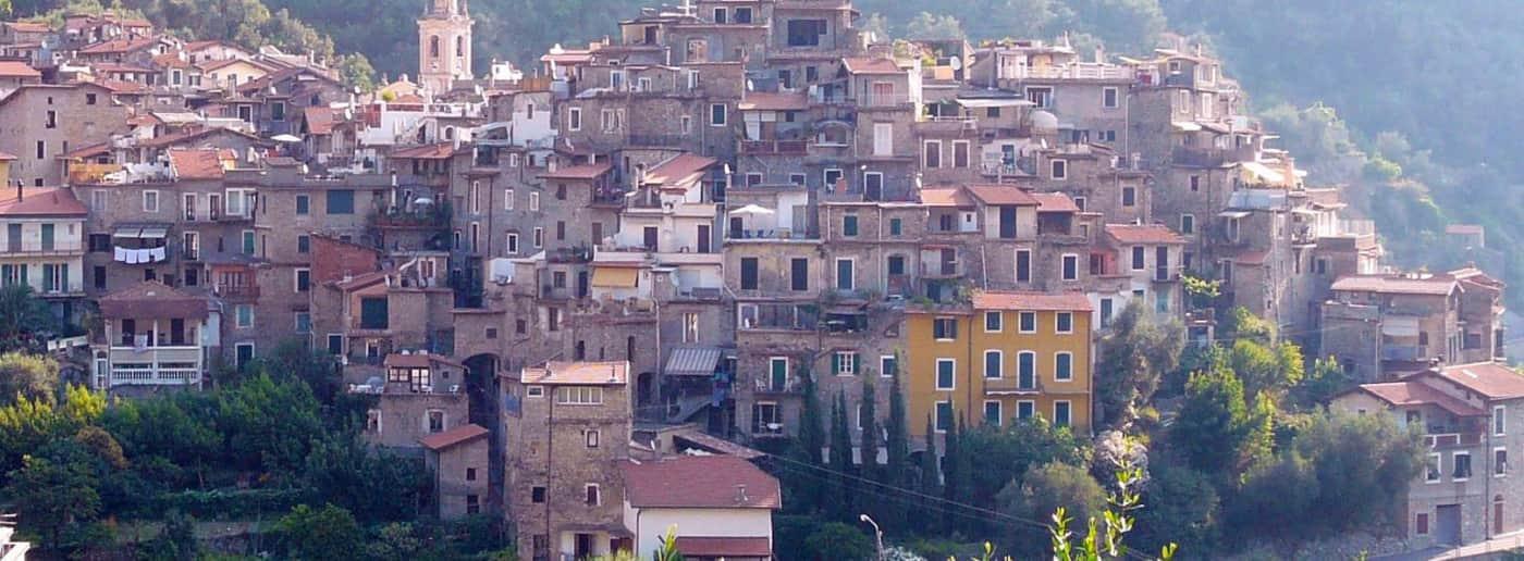 http://www.acquamarinaimmobiliare.com/immagini_immobili/th_slide/11535.jpg