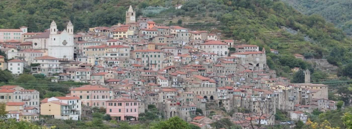http://www.acquamarinaimmobiliare.com/immagini_immobili/th_slide/11537.jpg
