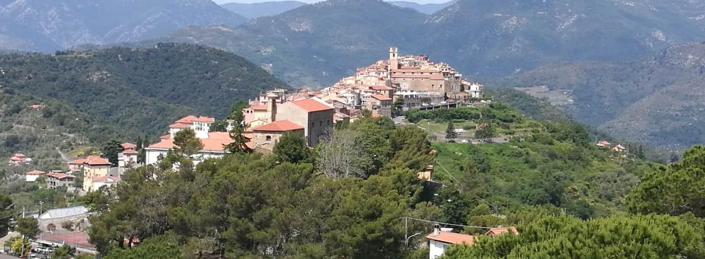 http://www.acquamarinaimmobiliare.com/immagini_immobili/th_slide/11582.jpg