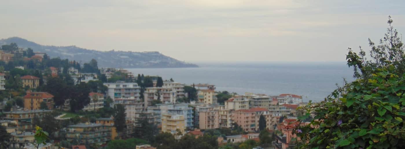 http://www.acquamarinaimmobiliare.com/immagini_immobili/th_slide/11600.jpg