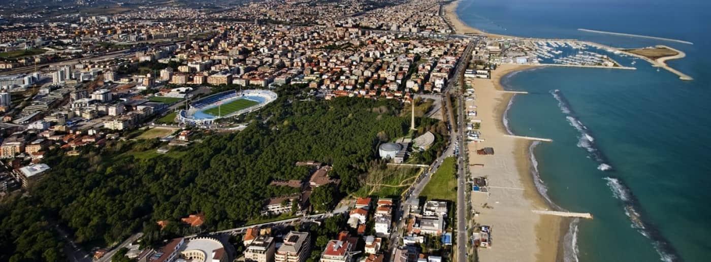 http://www.acquamarinaimmobiliare.com/immagini_immobili/th_slide/11612.jpg