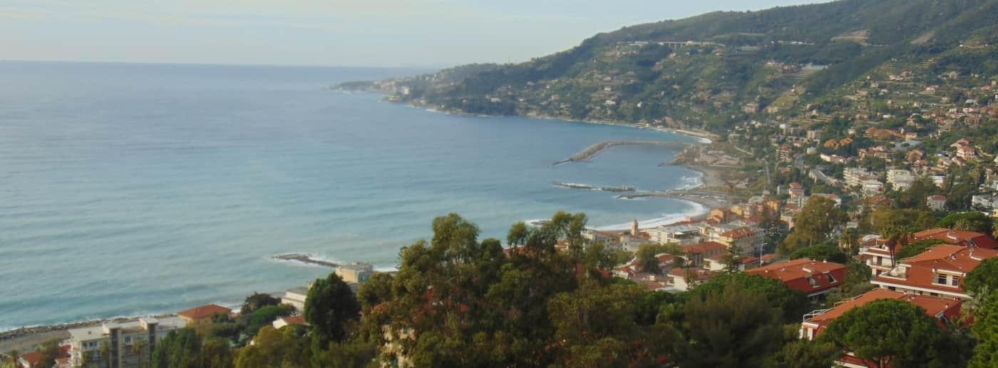http://www.acquamarinaimmobiliare.com/immagini_immobili/th_slide/11614.jpg