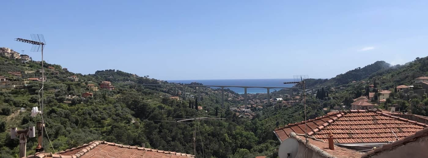 Vallebona apartment for sale sea view