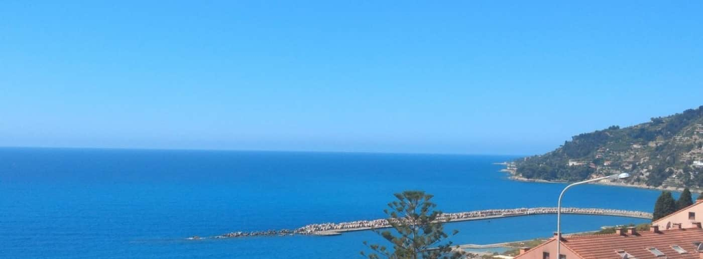Ospedaletti sale apartment with sea view
