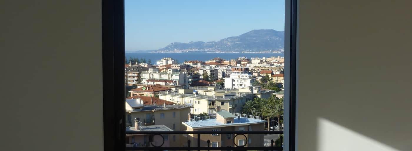 http://www.acquamarinaimmobiliare.com/immagini_immobili/th_slide/6142.jpg