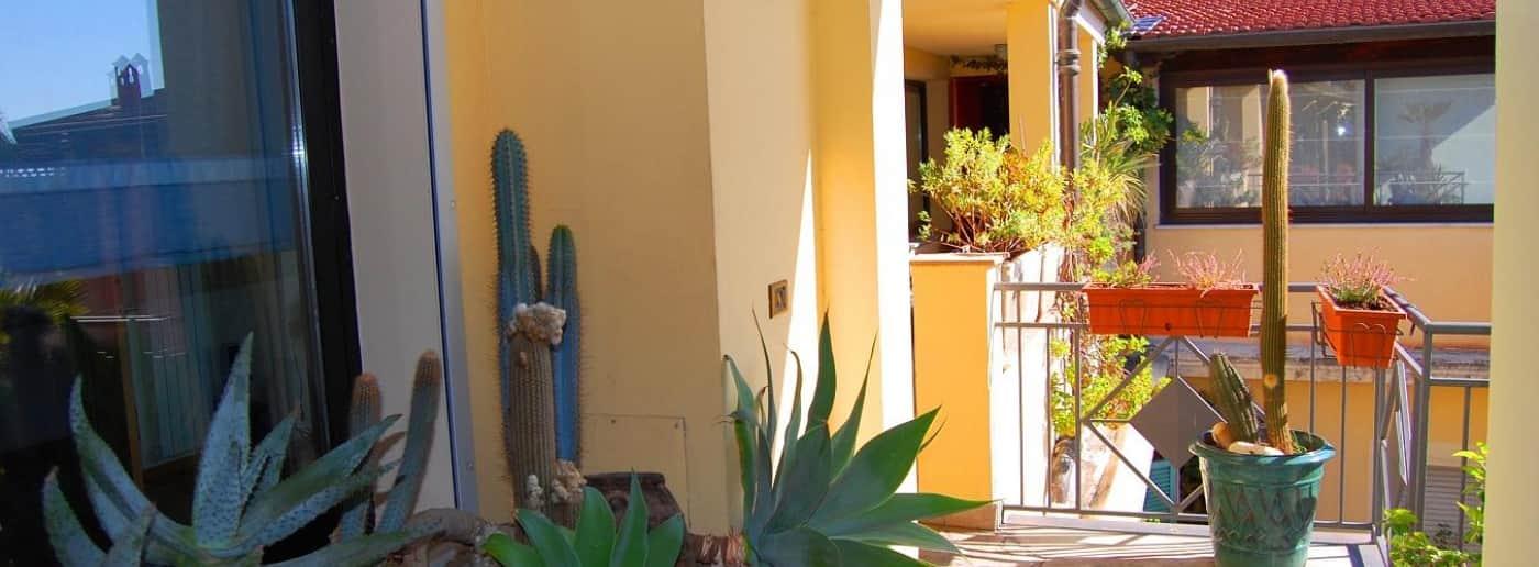 http://www.acquamarinaimmobiliare.com/immagini_immobili/th_slide/7861.jpg