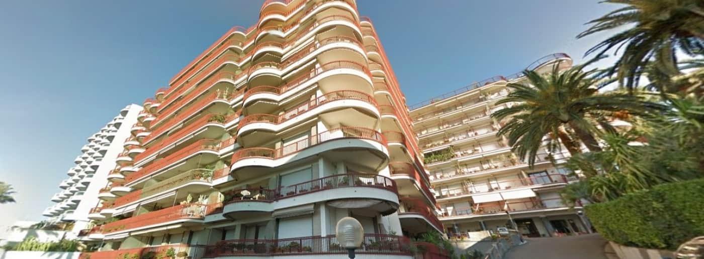http://www.acquamarinaimmobiliare.com/immagini_immobili/th_slide/9242.jpg