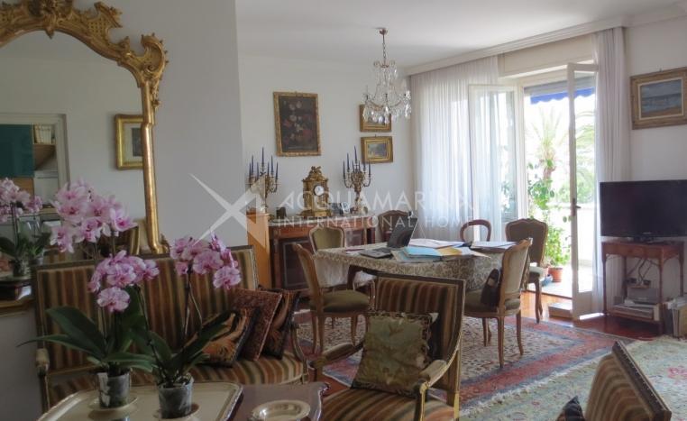 Elegant apartment for sale in San Remo<br />1/5