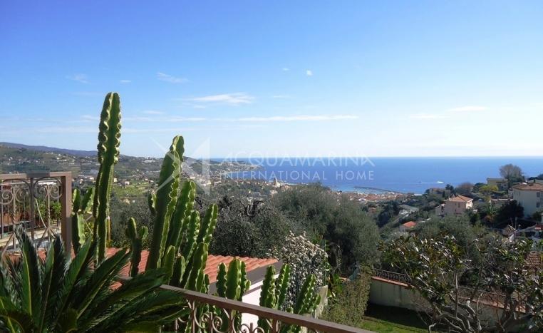 Sanremo Villa Vista Mare In Vendita<br />1/22