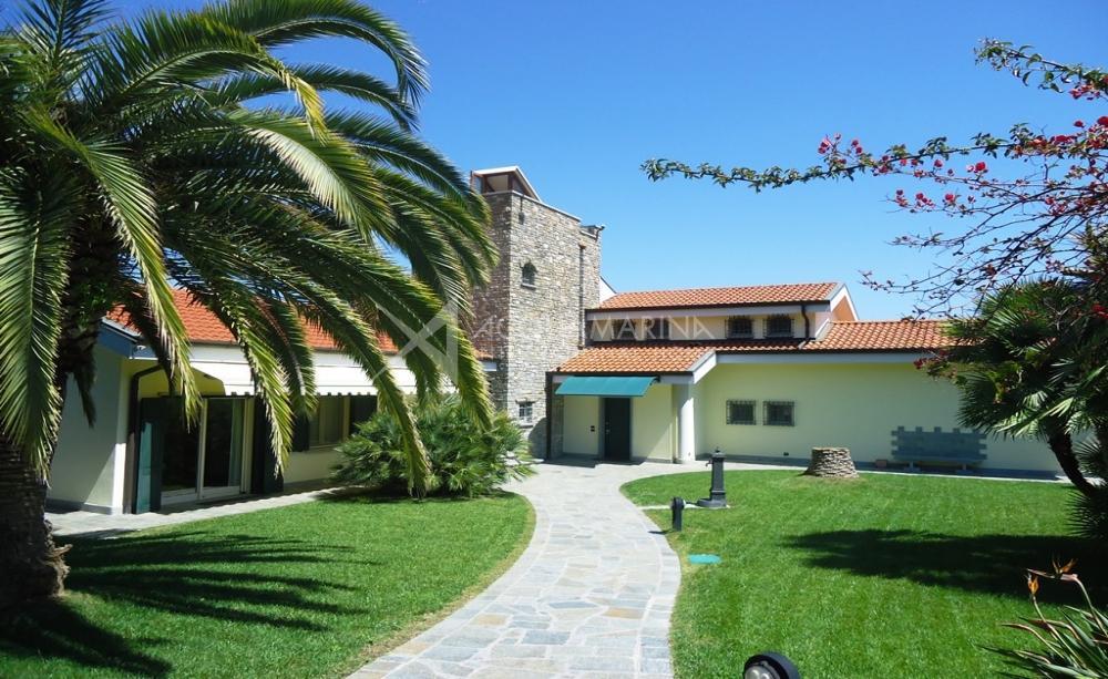 Bordighera Villa Sea Vew For Sale<br />1/43