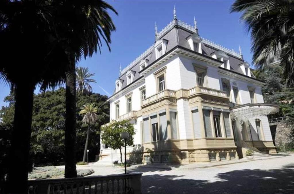 Sanremo villa liberty for sale selling villa liberty in for Soggiorno in liguria