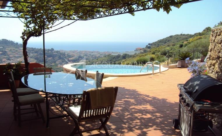 Villa mit Meerblick zu verkaufen in Bordigher<br />1/18