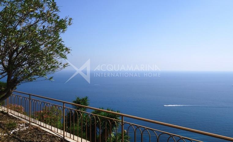 Ventimiglia Meerblick-Wohnung zu verkaufen<br />1/14