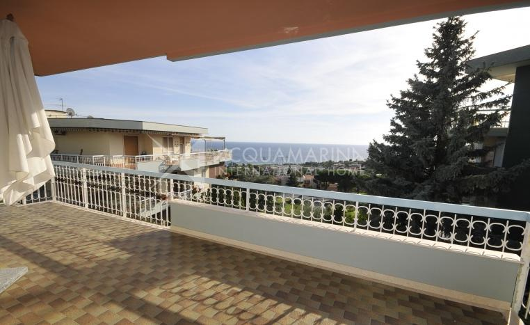 Sanremo Appartamento in Vendita Vista Mare<br />1/15