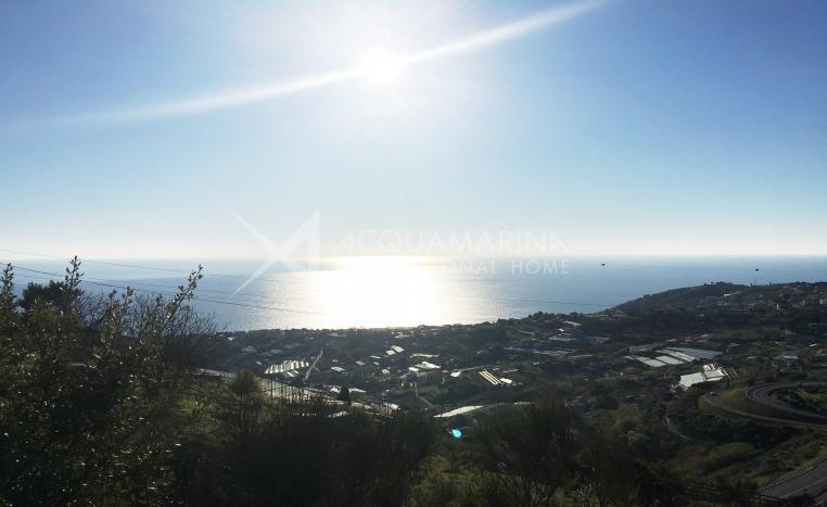 Sanremo Terreno vista mare in vendita<br />1/2