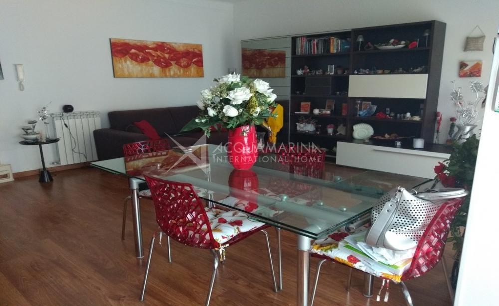 Ventimiglia vendita appartamento con balconi<br />1/13