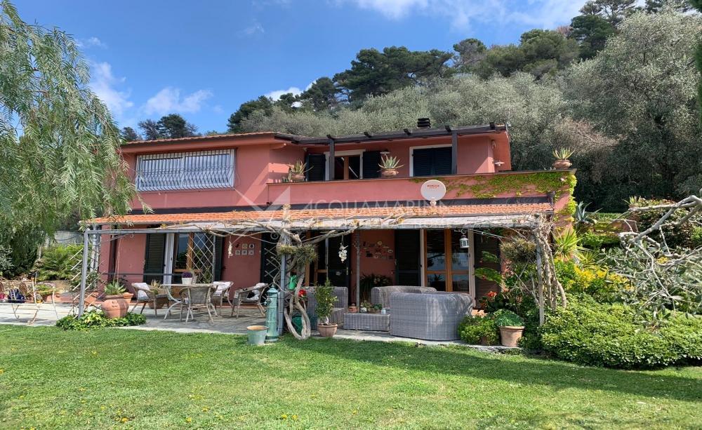 Villa in vendita ad Imperia <br />1/25