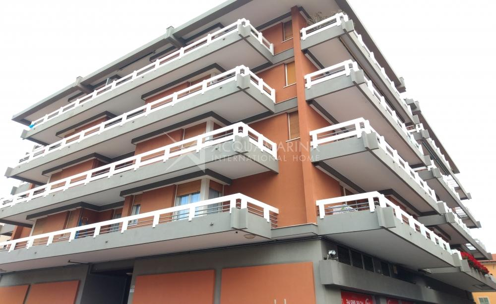 Bordighera central apartment for sale<br />1/12