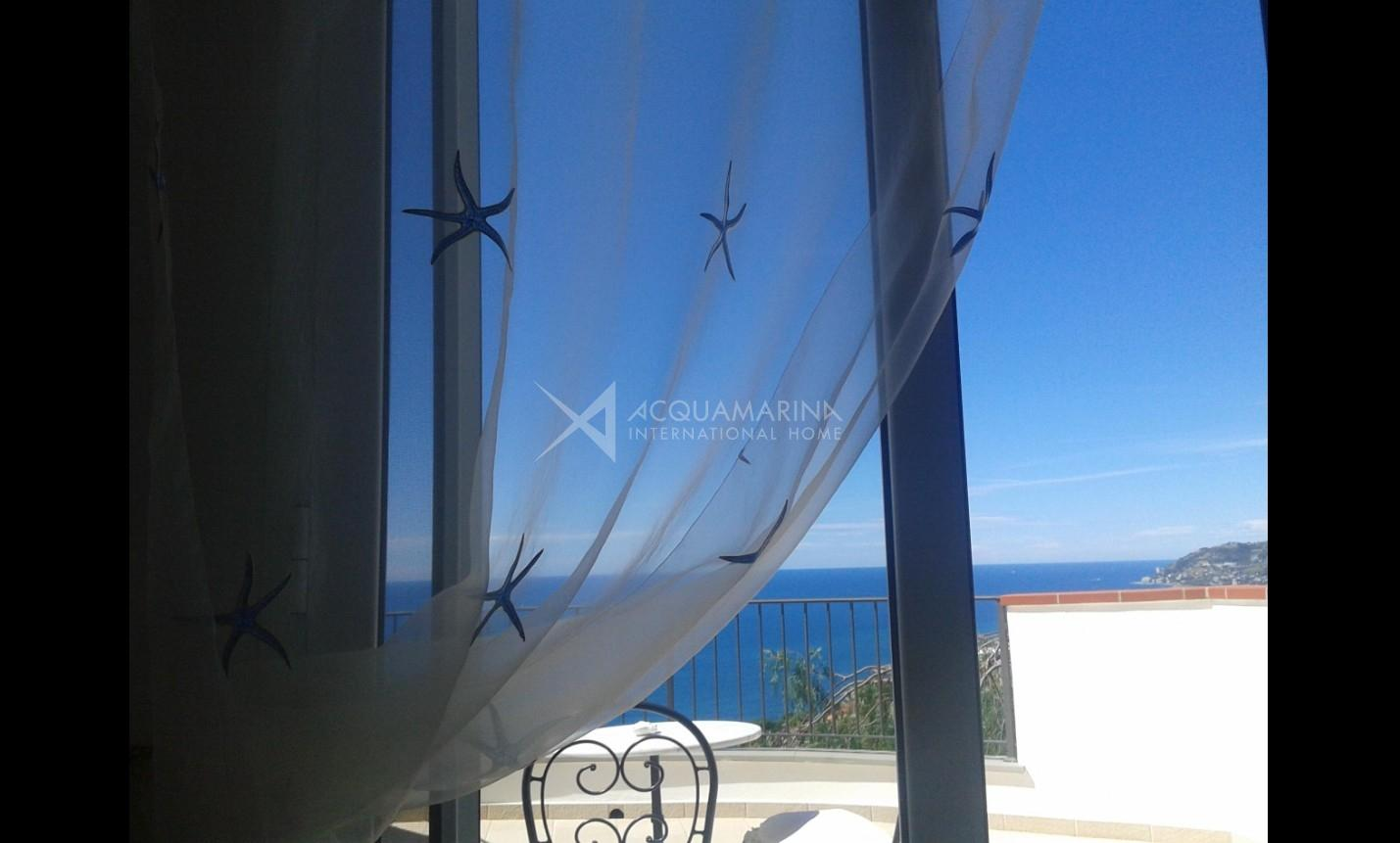Sanremo villa for sale Sea View<br />1/31