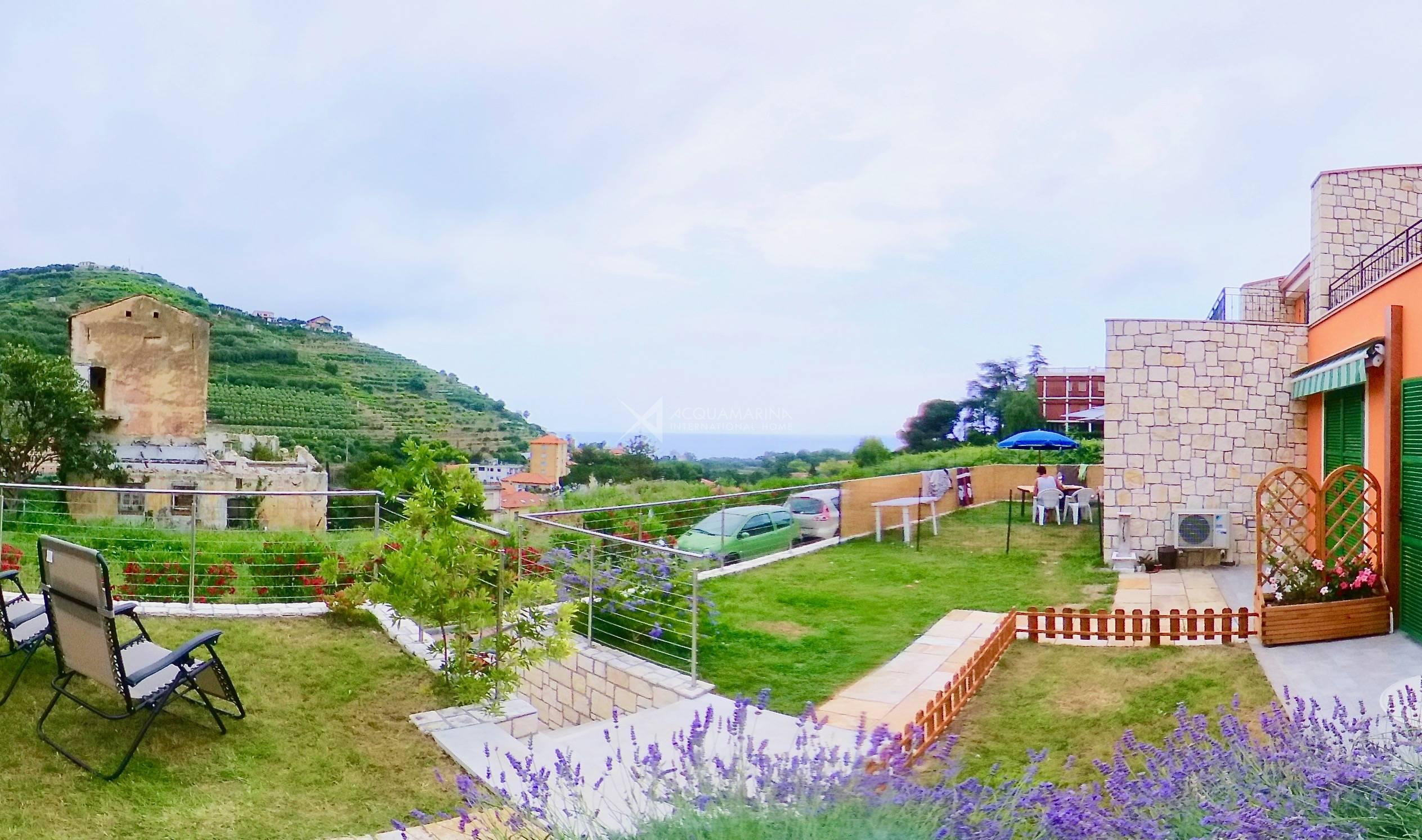 Ventimiglia vendita appartamento con giardino<br />1/12