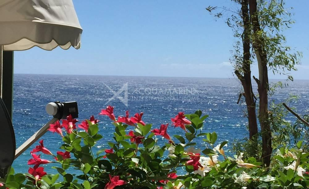Waterfront Apartment For Sale in Sanremo<br />1/11