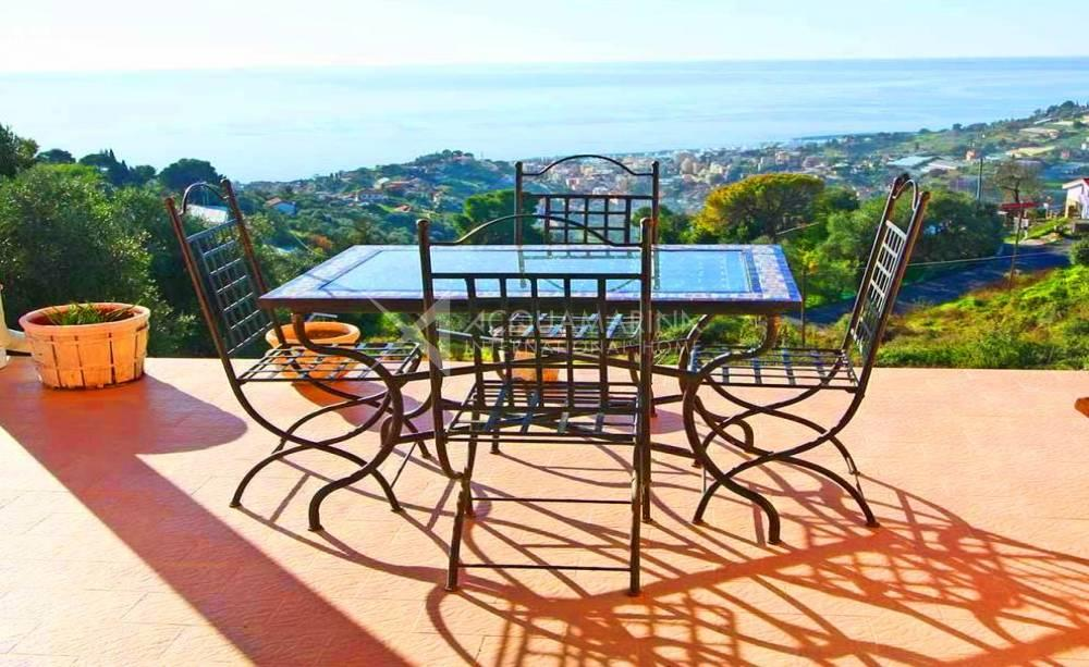 Sanremo Villa Sea View For Sale<br />1/15