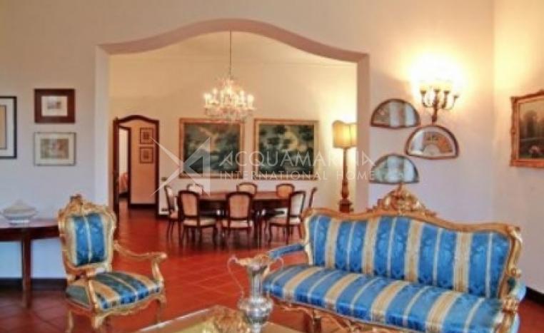 Castiglione del Lago vendita Villa<br />1/3