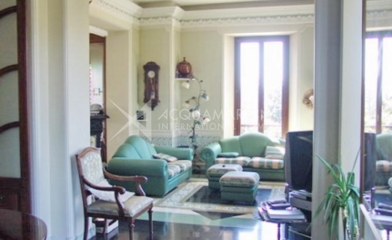 Luino Villa For Sale<br />1/3