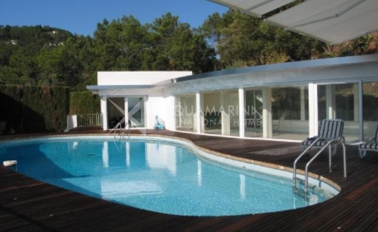 Cannes Villa For Sale<br />1/3