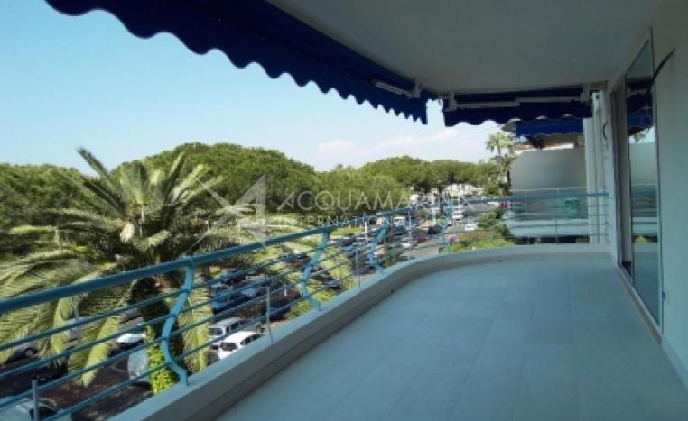 Cannes vendita Appartamento<br />1/3