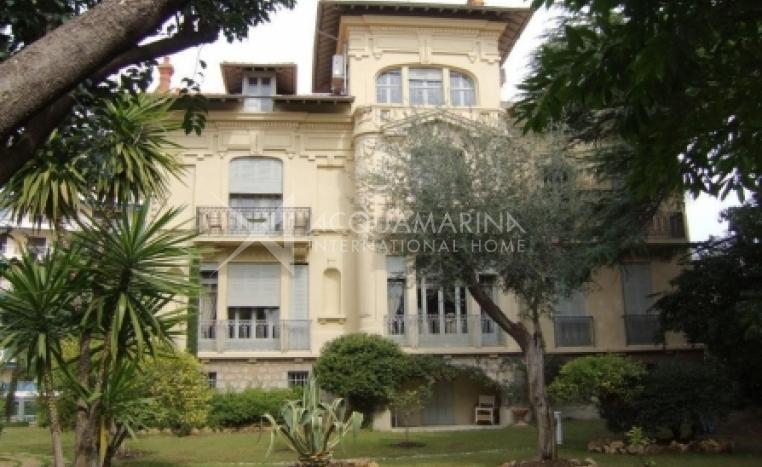 Cannes Maison de maitre For Sale<br />1/1