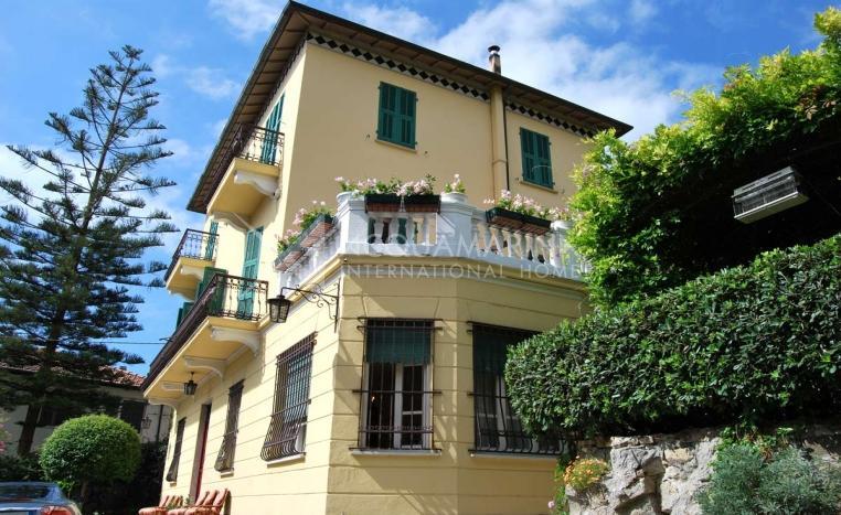 Sanremo Villa In Vendita<br />1/10