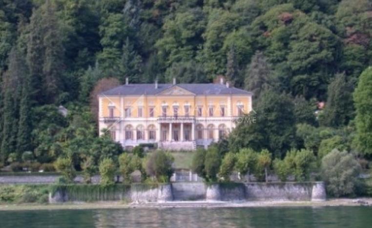 Meina Villa For Sale<br />1/1